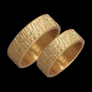 Woodgrain textured gold ring set