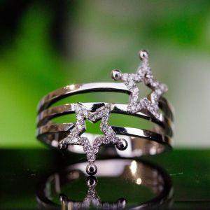 Star shaped diamond ring