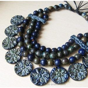 "Bead necklace ""Breeze"""