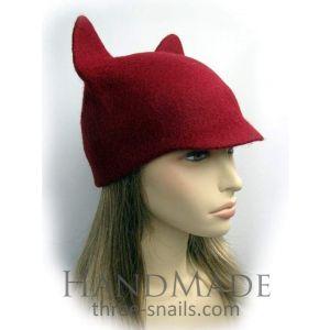 "Cat ear hat ""Bordeaux"""