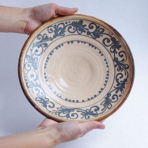 "Clay plate ""Black vine"""