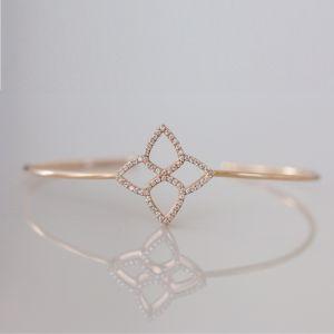 Gold clover bracelet