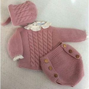 Crochet set for a baby girl