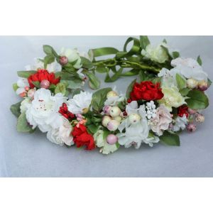 """Hair wreath with white flowers """"White and red dance"""""""