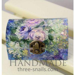 "Hand painted jewelry box ""Rose garden"""
