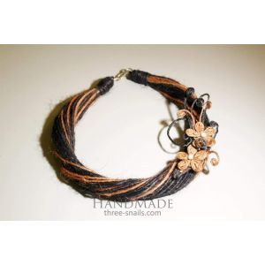 """Handcrafted Brooch Necklace """"Peach Flowers"""""""