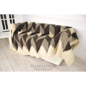 """Handcrafted wool blanket """"Rocks"""""""