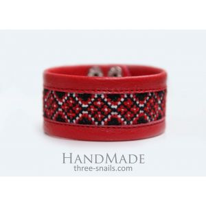 Handmade accessories. Leather bracelet