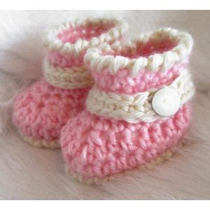 """Handmame baby bootees """"Pink miracle"""""""