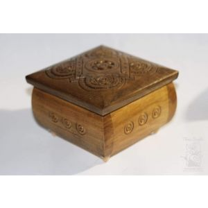 "Jewelry boxes ""Carved Square"""