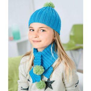 Kids knitted set: beanie, scarf, mittens