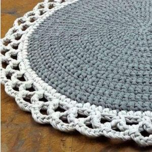 Knitted wool round rug