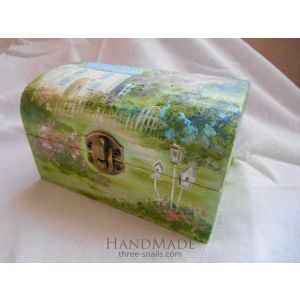 "Painted jewelry box ""Ile de France"""