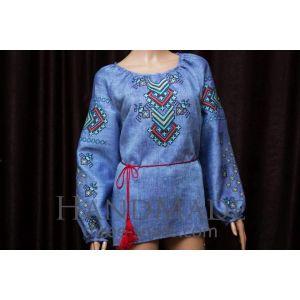 Personalized embroidered shirts. Woman vyshyvanka