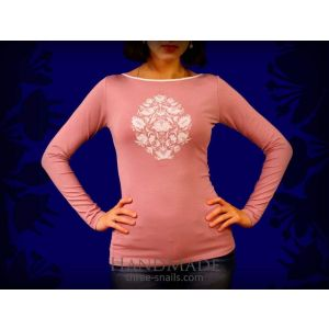 Pink long sleeve top with embroidery design «Baroque Tree»