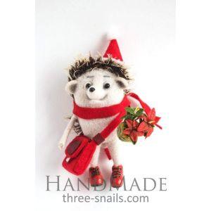 "Popular Christmas toys ""Hedgehog with flower"""