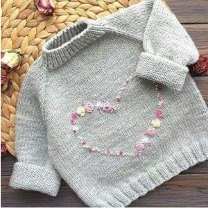 Pullover for baby girls