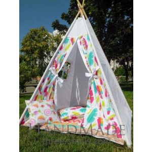 "Teepee tent ""Feathers"""