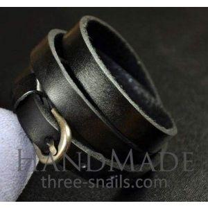 "Thin leather wrap bracelet ""Road spirit"""