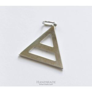 "Triangle pendant ""Triad"""