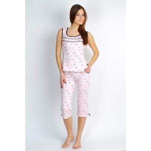 Woman pajamas set. Sport design (vest and knee-breeches)