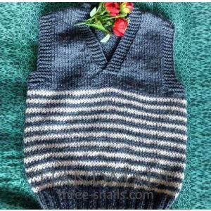 "Woolen vest for kid ""Snowy day"""