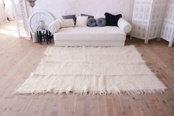 Pure White Wool Throw Rug For Living Room Silence