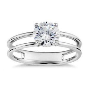 Modern gold diamond ring 0.440 carat