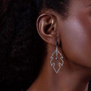 Leaf dangle gold earrings