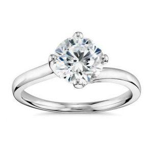 Big diamond ring 0.500 carat