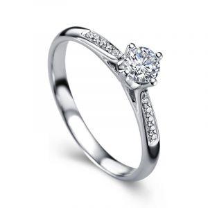Diamond engagement band for women