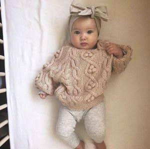 Baby girl beige crochet jumper