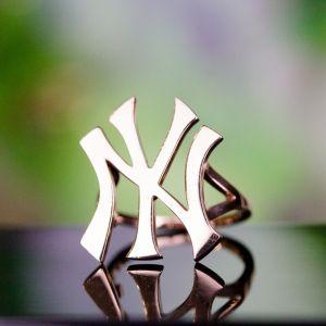New York Yankees gold ring