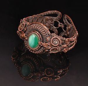 Copper wire wrapped agate bracelet