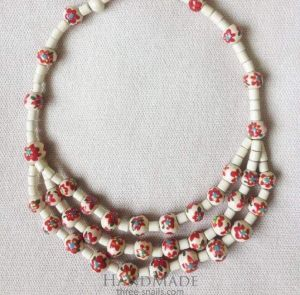 """Beaded jewelry necklace """"Red flowers"""""""