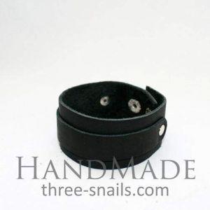"Black leather bracelet ""Wild child"""