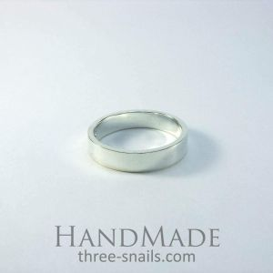 Classical wedding ring silver