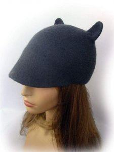 "Duckbill flat cap with ears ""Grey mousy"""