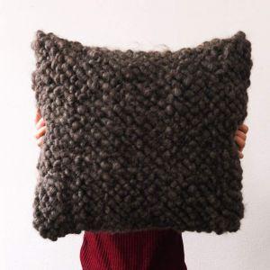 Giant floor pillow pouf