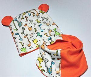 "Giraffe baby hat with bandana ""Funny giraffes"""