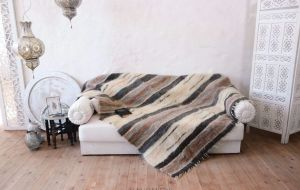 """Queen size blanket with fluffy wool """"Carrot mix"""""""