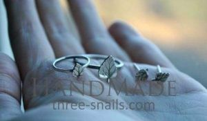 Jewelry set silver leaves