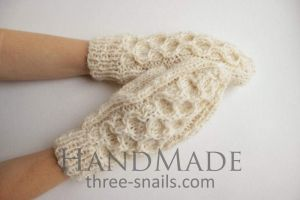 """Knitted handmade mittens """"Snow Time"""""""