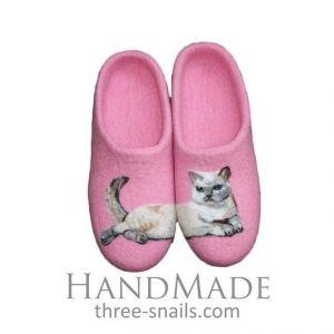 "Pink ladies slippers ""Siamese cat"""