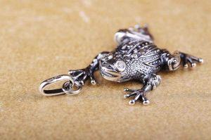 "Silver pendant ""Plump toad"""