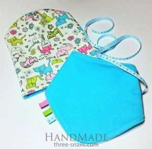 """Turquoise baby hat and bib """"Kitty"""""""