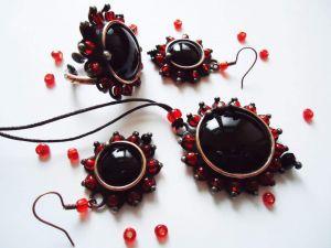 "Vintage jewelry set ""Black rose"""