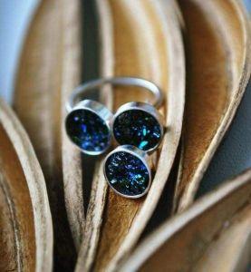 Volcanic glass jewelry set