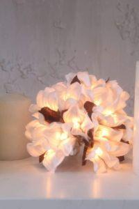 White flower stringlight