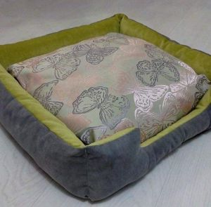 """Wood pet bed """"Gray and light green"""""""